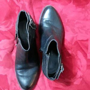 Genuine leather Franco Sarto booties